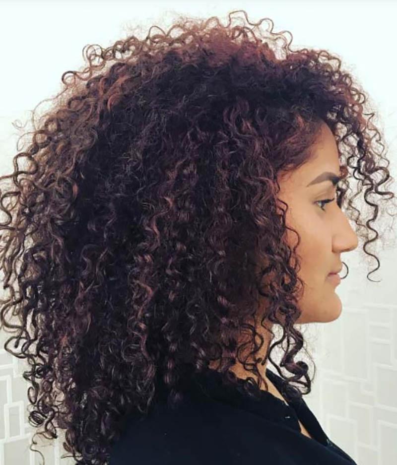 Kiểu tóc bob dài uốn xoăn