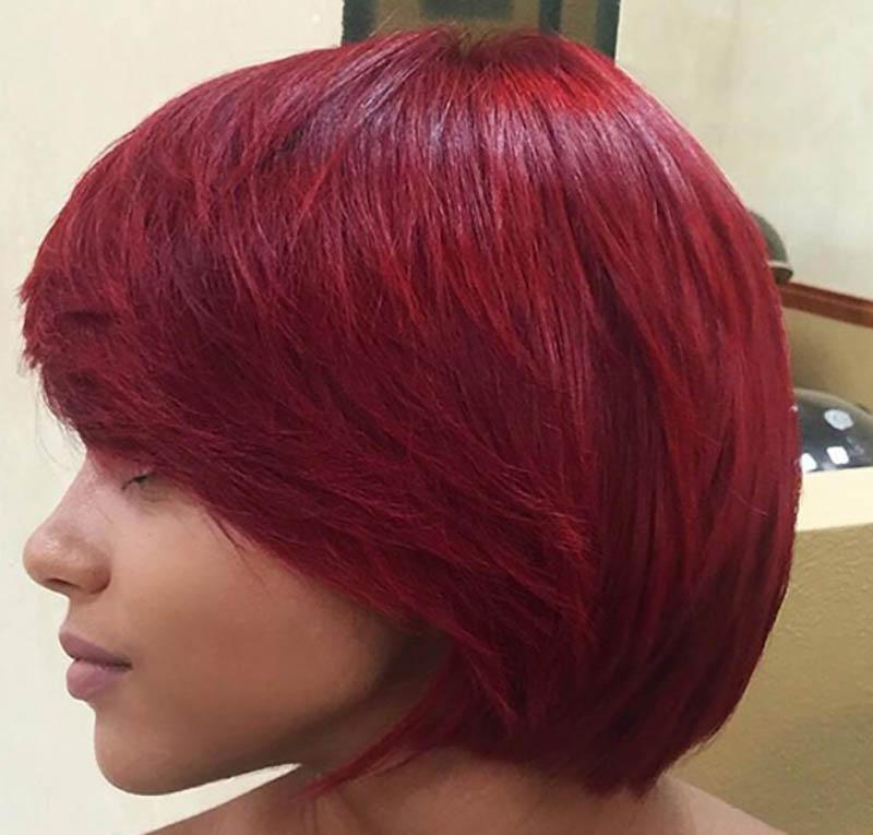 Tóc Bob tròn nhuộm màu đỏ thẫm