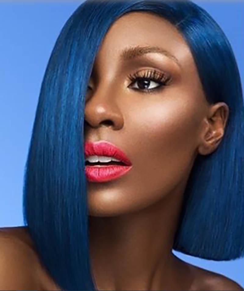 Tóc Bob bất đối xứng nhuộm màu xanh