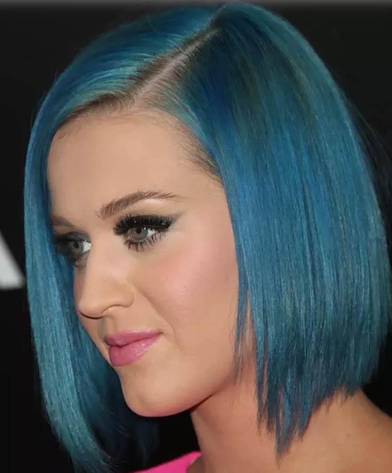 Tóc Bob màu xanh sáng