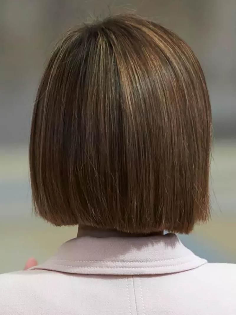 Kiểu tóc Bob đối xứng thẳng mượt
