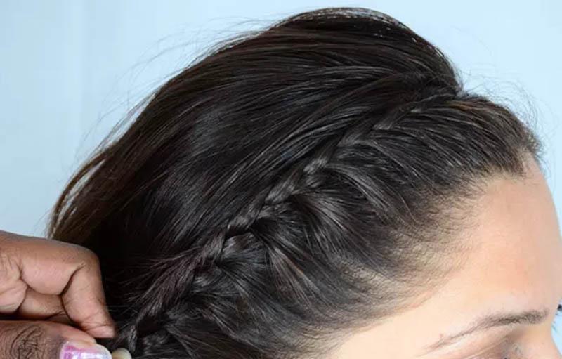 Bước 7: Điều chỉnh vị trí của bím tóc của bạn