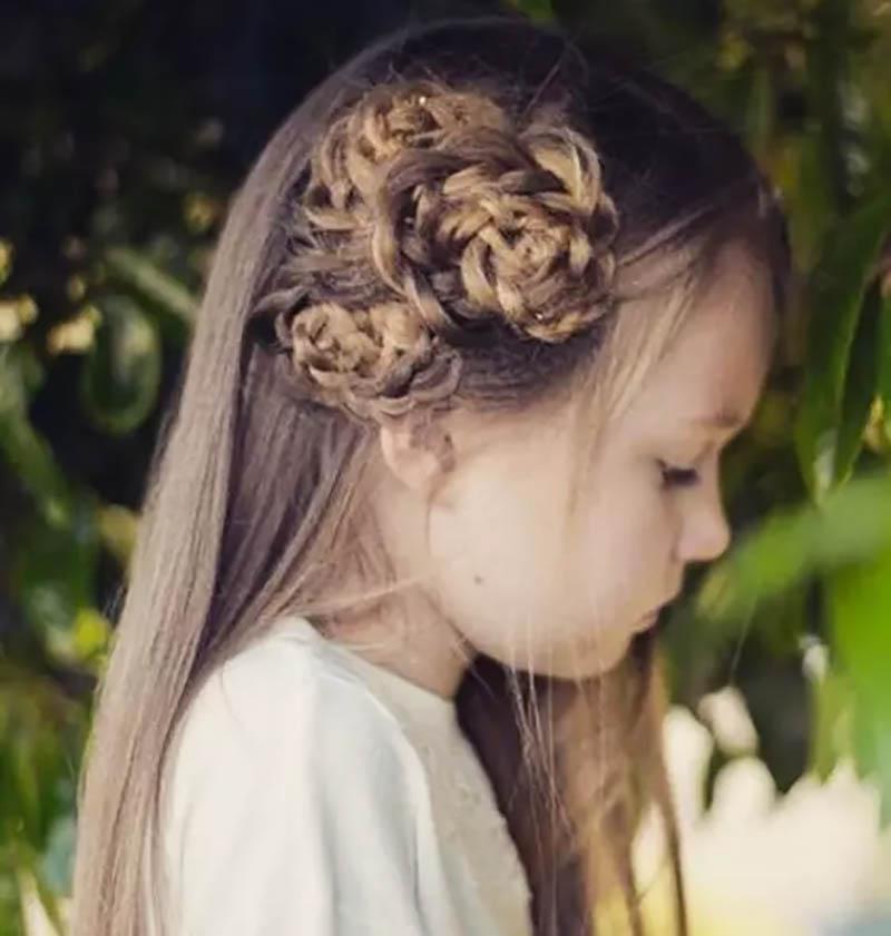 Tóc bện bím kiểu hoa 1 bên