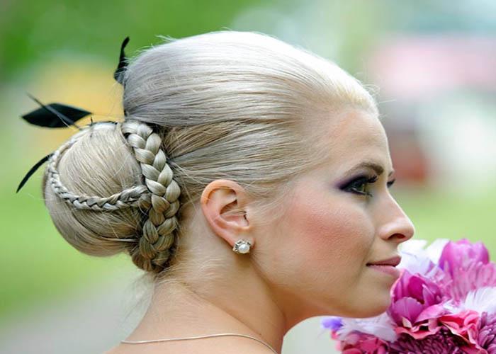 Bật mí cách tết tóc công chúa dễ thương trong vòng 2 phút