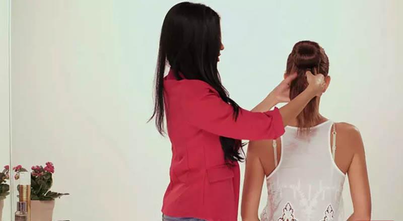 Bây giờ chắc bạn sẽ tự hỏi chúng ta phải làm gì với phần tóc thừa ra đúng không?