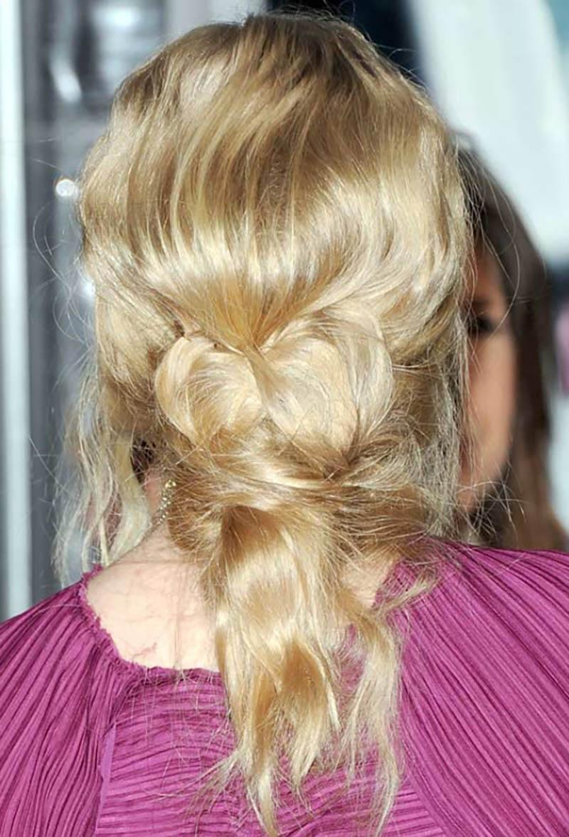 Lật đuôi tóc vào trong