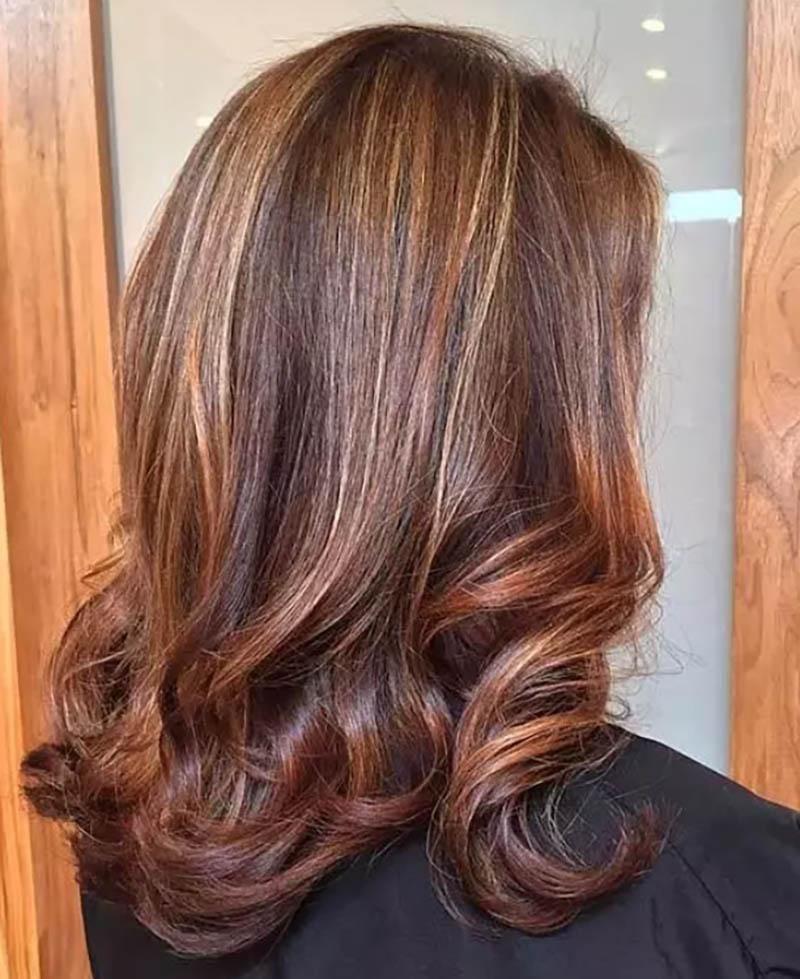 Highlight màu Caramel kết hợp với nâu đồng