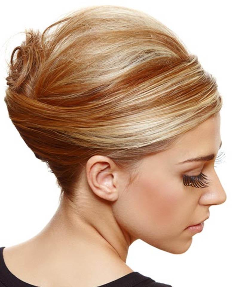 Kiểu tóc búi cao với phụ kiện kẹp pha lê