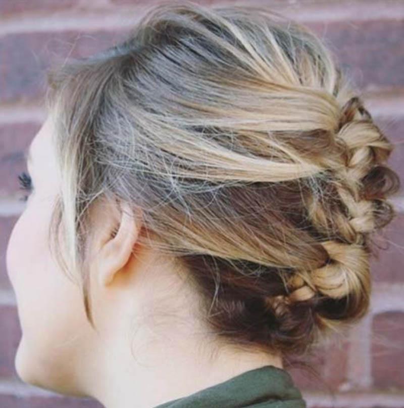 Tóc xoắn kiểu Pháp làm phồng tóc trên đỉnh đầu