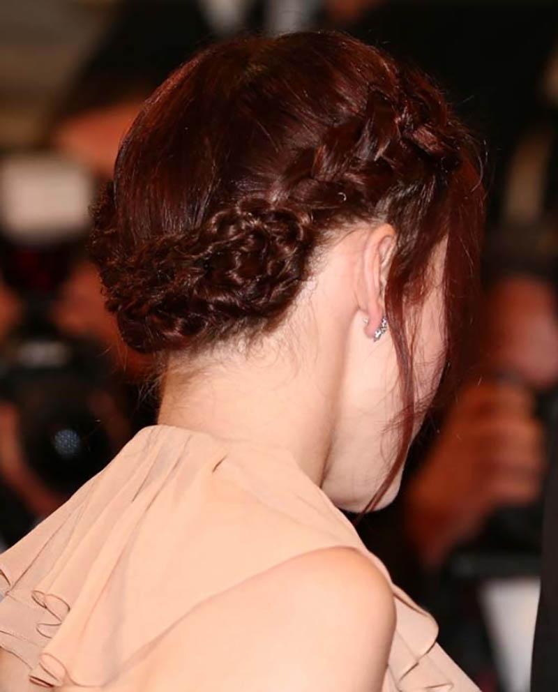Bím tóc dày kiểu vòng hoa