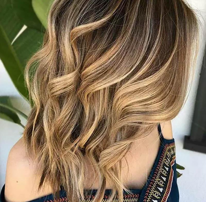 Tóc bob dài nhuộm ombre màu vàng