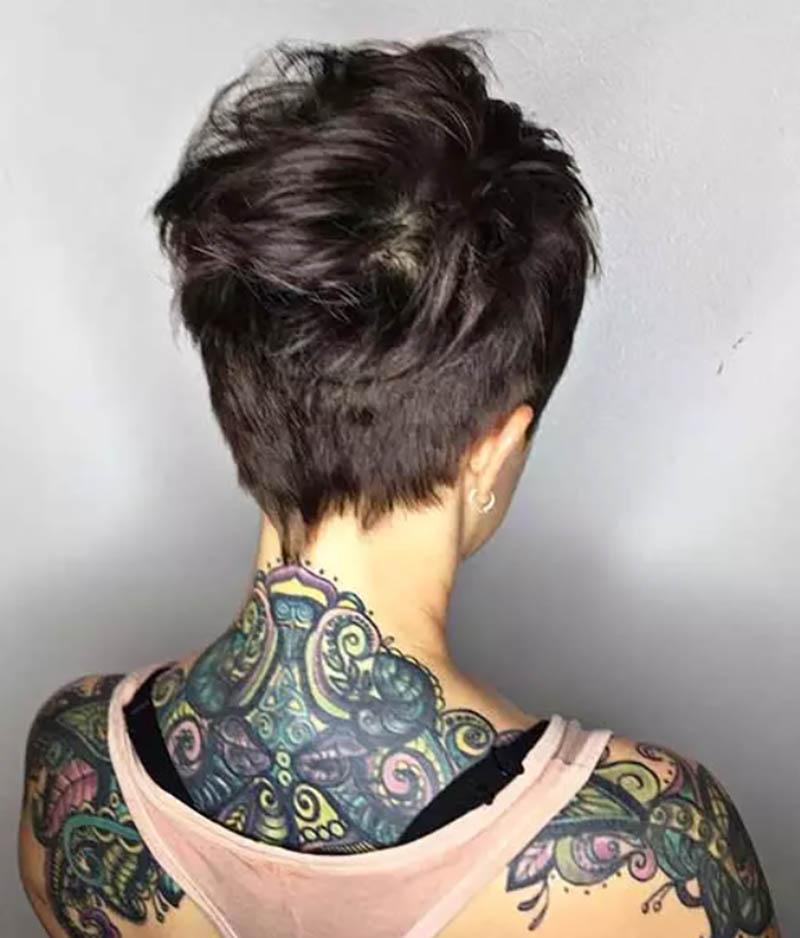 Kiểu tóc Pixie với phần mái đánh rối