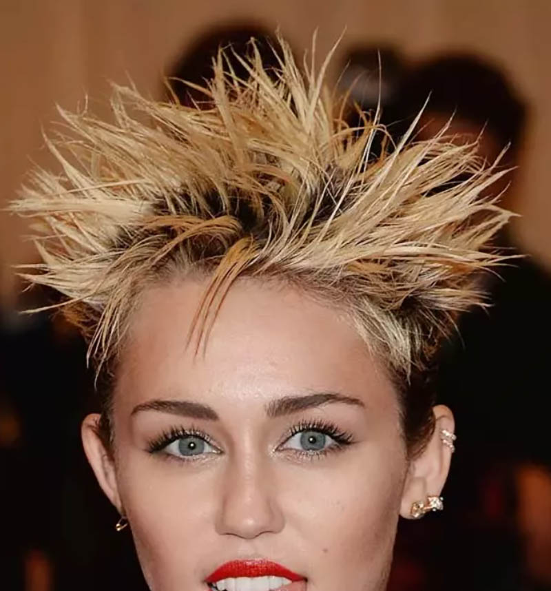 Tóc Spiky sắc sảo