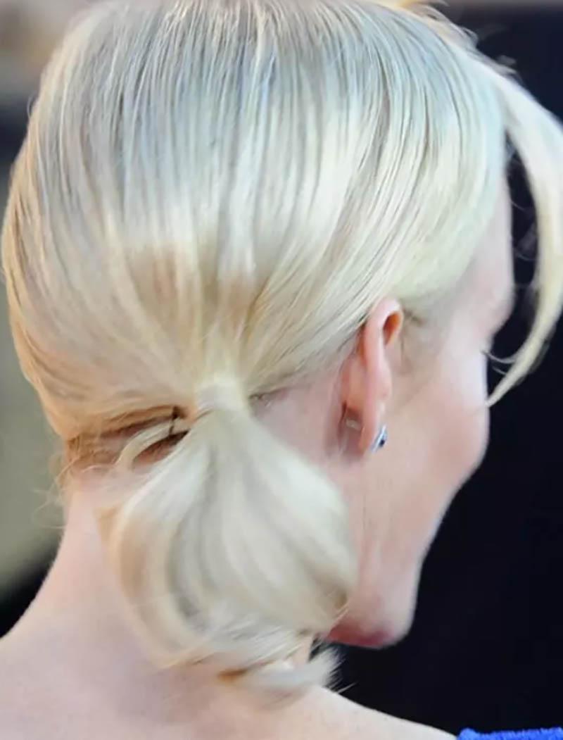 Kiểu tóc đuôi ngựa bạch kim ngắn