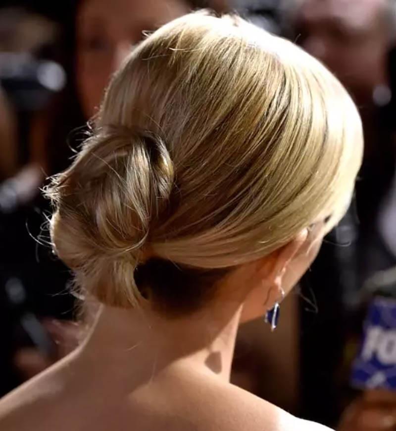 Kiểu tóc búi xoắn hoàn hảo