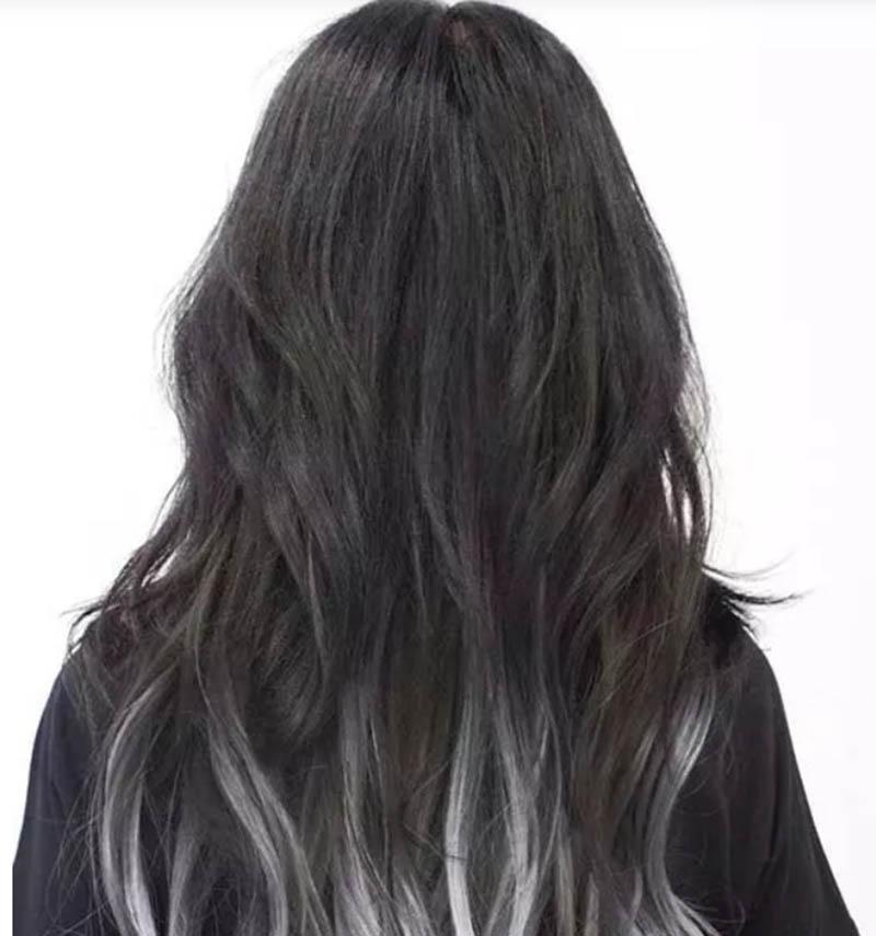 Tóc dài ngang eo nhuộm Ombre màu bạc sáng