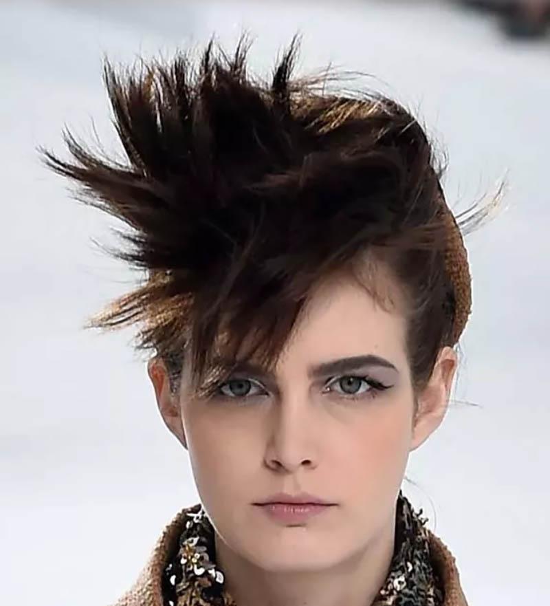 Kiểu tóc Spiky lấy cảm hứng từ phong cách Punk
