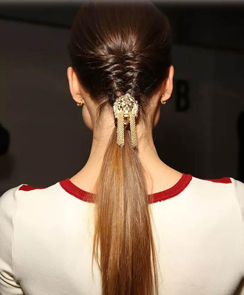 Kiểu tóc tết kết hợp đuôi ngựa