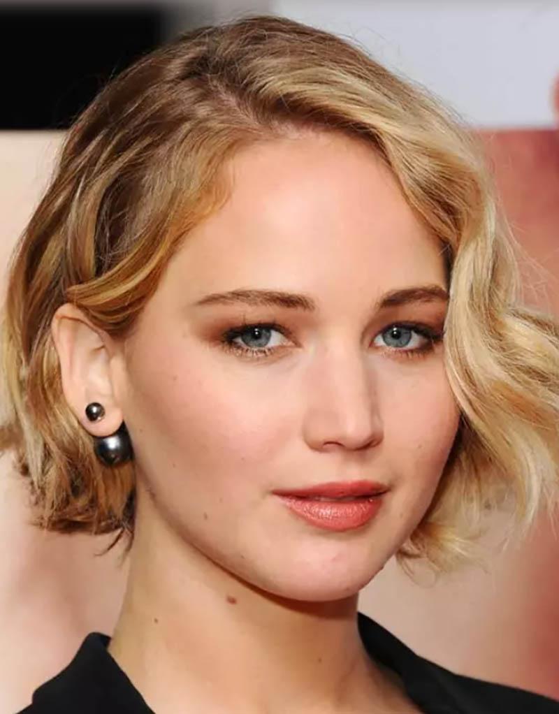 Tóc bob ngắn đánh rối như diễn viên Jennifer Lawrence