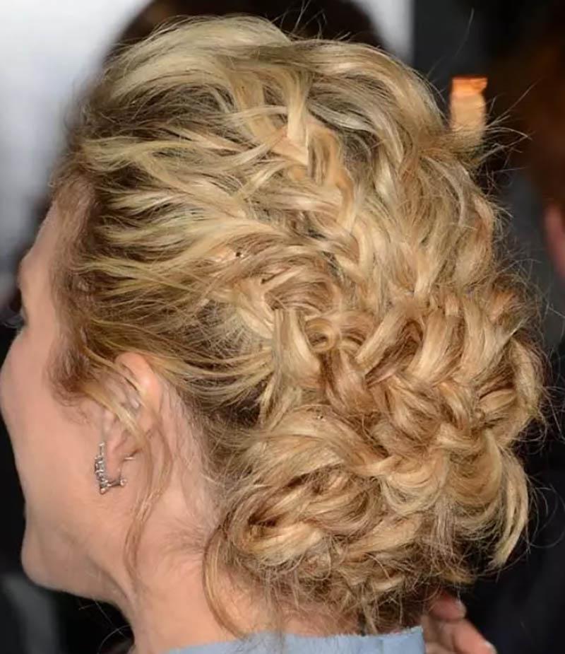 Kiểu tóc Updo cầu kỳ