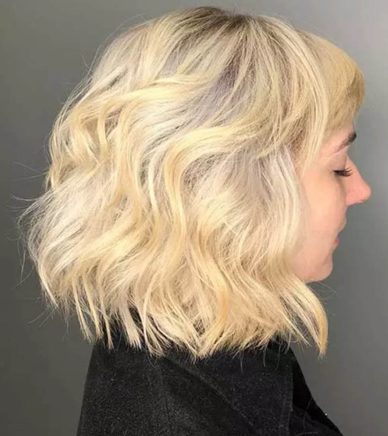Kiểu tóc uốn xoăn gợn sóng