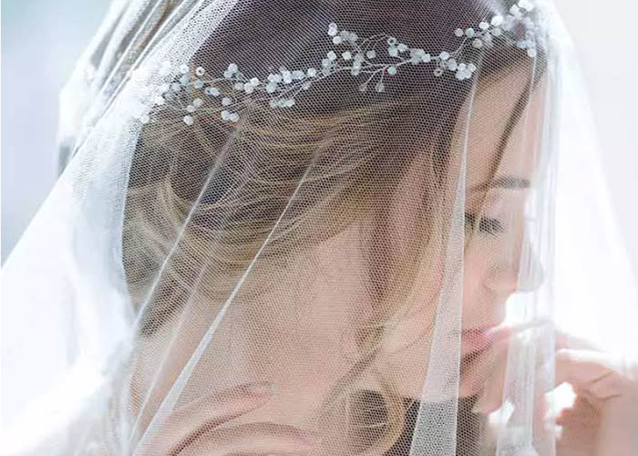 50 Kiểu tóc kết hợp với khăn voan hoàn hảo nhất cho cô dâu