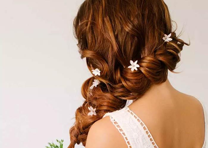 Top 11 Kiểu tóc thanh lịch, nữ tính cho cô dâu Thiên Chúa Giáo