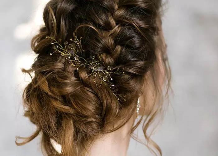 10 Kiểu tóc cô dâu mới nhất mà bạn nên thử ngay hôm nay