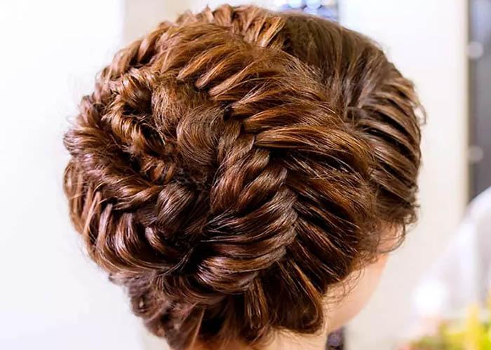 10 Kiểu tóc updo đẹp cho cô dâu trong ngày cưới nhìn là mê ngay