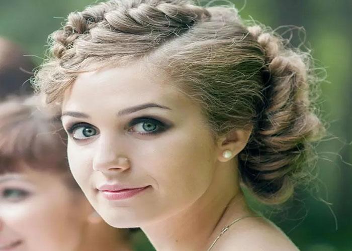 50 Kiểu tóc phù dâu đẹp dành riêng cho nàng tóc ngắn