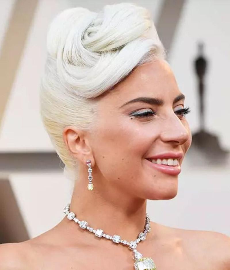 Búi tóc kiểu Lady Gaga