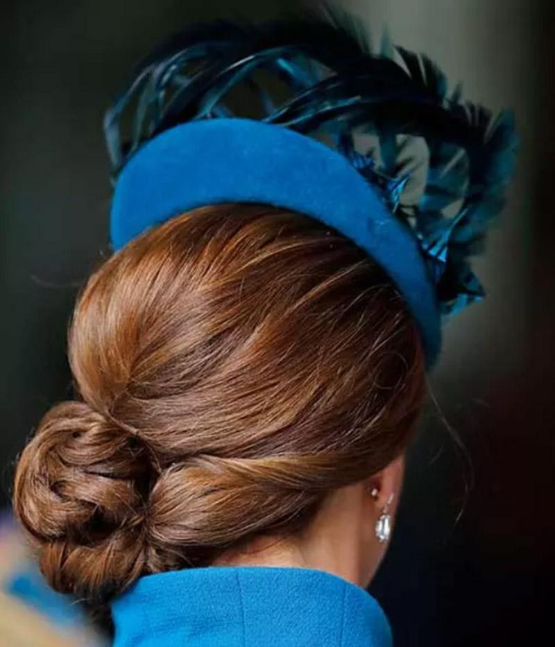 Búi tóc theo phong cách hoàng gia