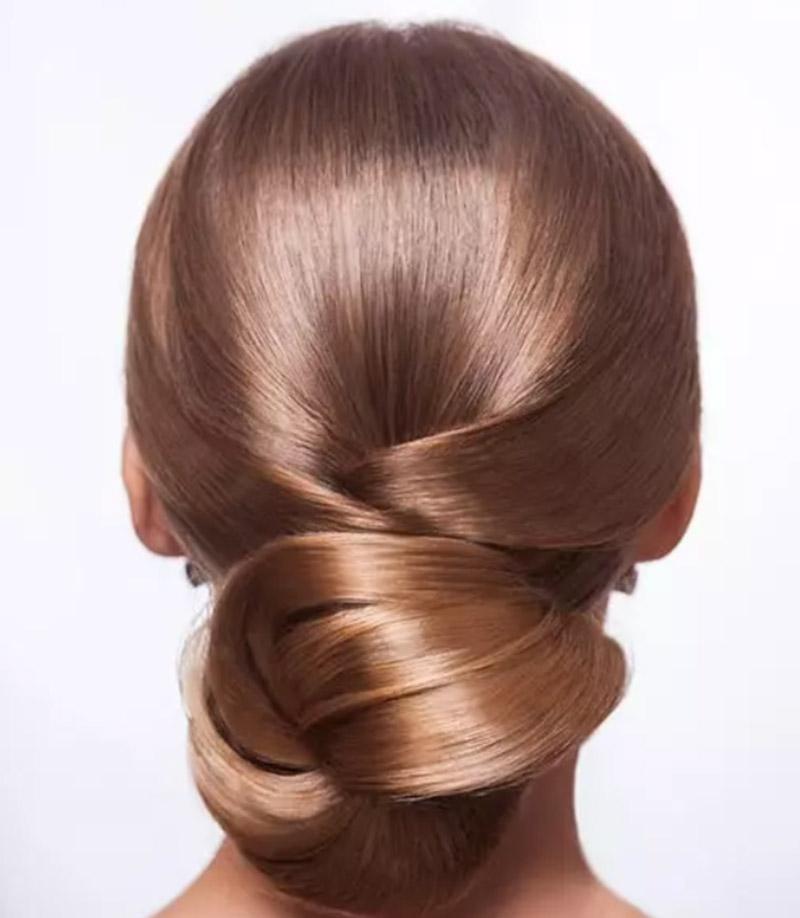 Búi tóc vấn đơn giản