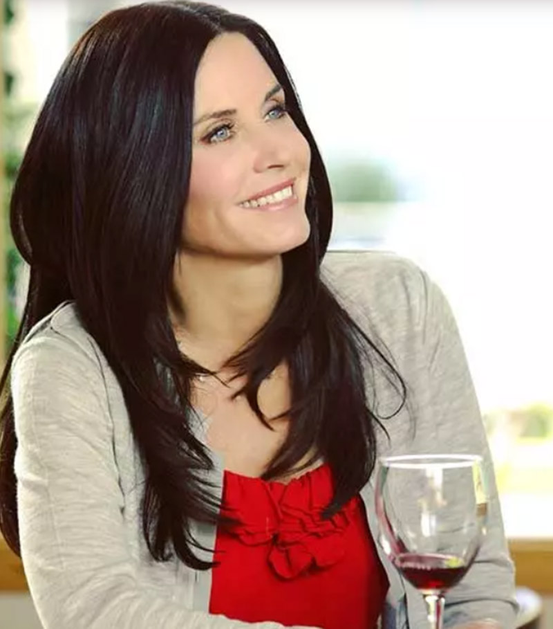 Diễn viên Courtney Cox - Tóc tỉa layer