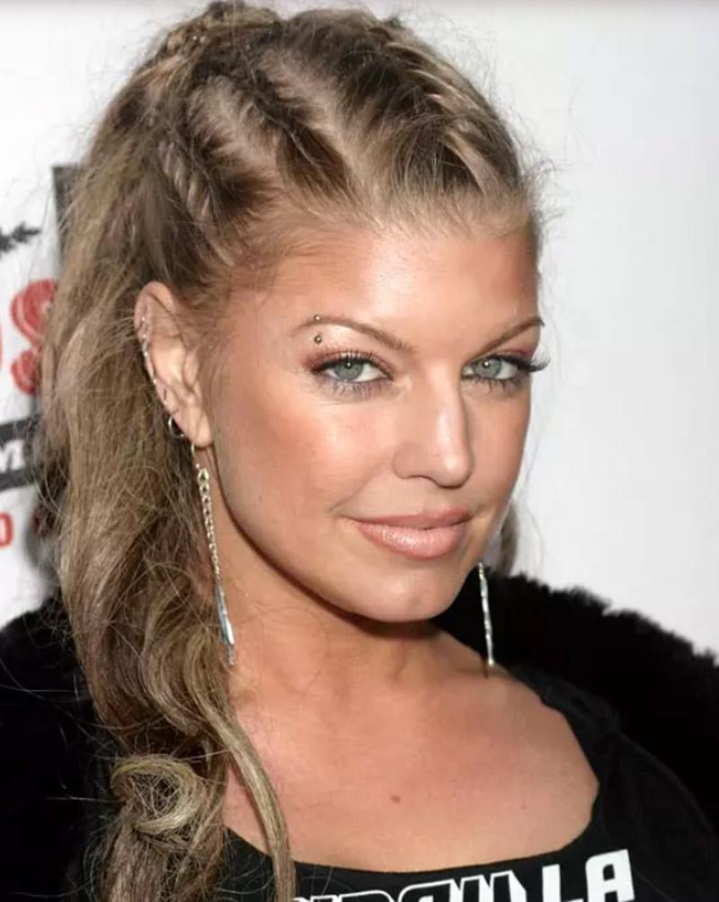 Kiểu tóc đuôi ngựa kết hợp bện nhiều lớp tóc