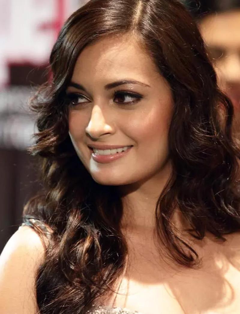 Người mẫu, diễn viên Dia Mirza
