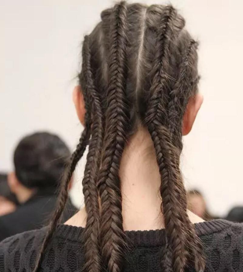 Tết tóc theo lớp