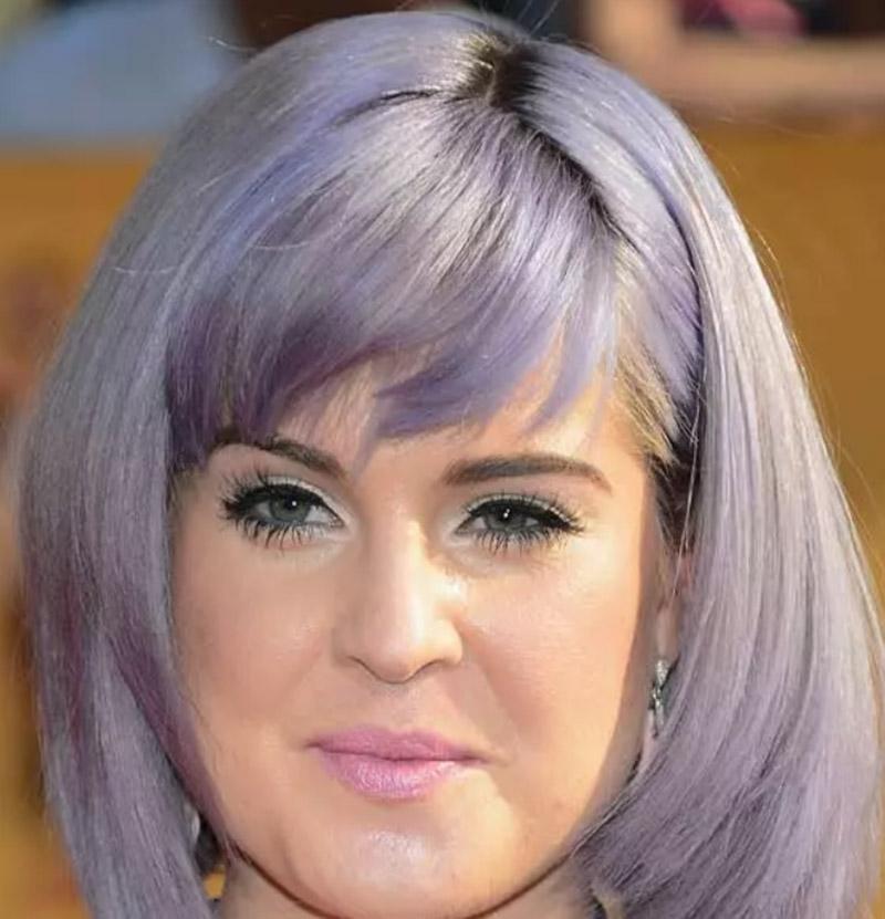 Tóc bob bất đối xứng màu tím-xám
