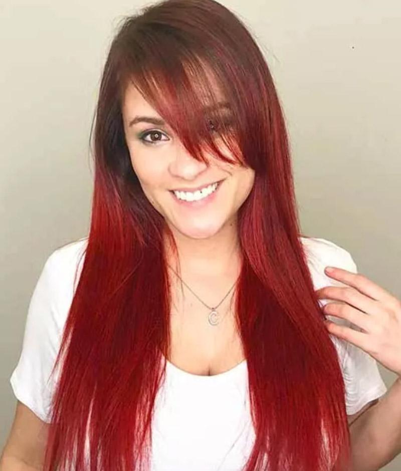 Tóc dài nhuộm màu với mái xéo