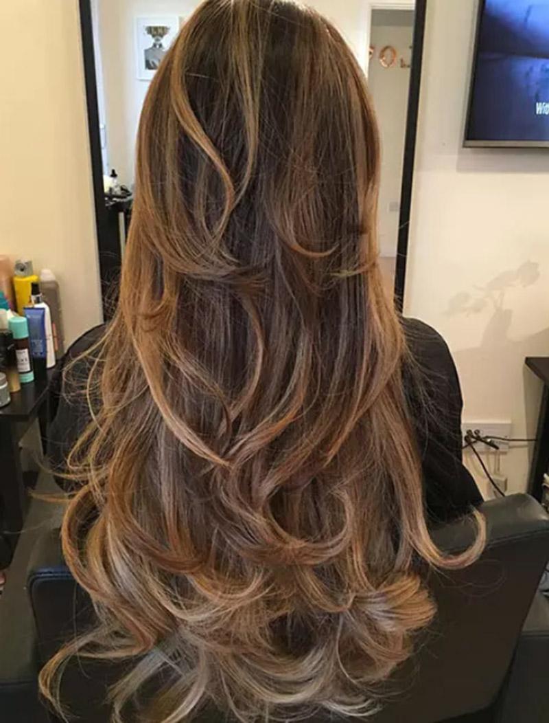Tóc layer đuôi xoăn