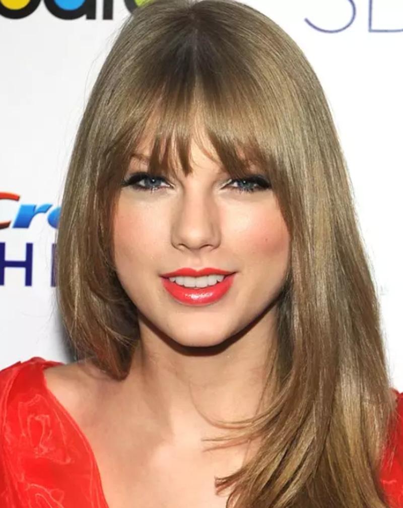 Tóc nhuộm sáng như Taylor