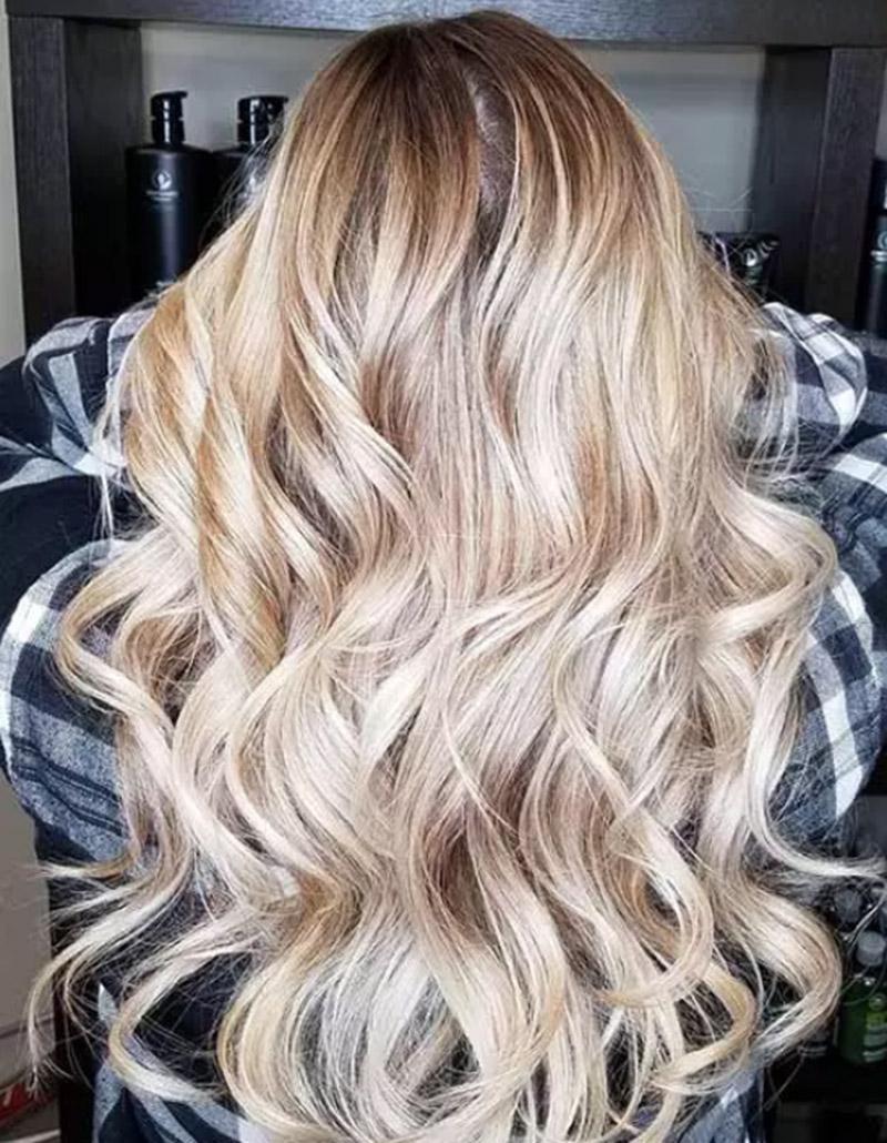 Màu tóc vàng ombre