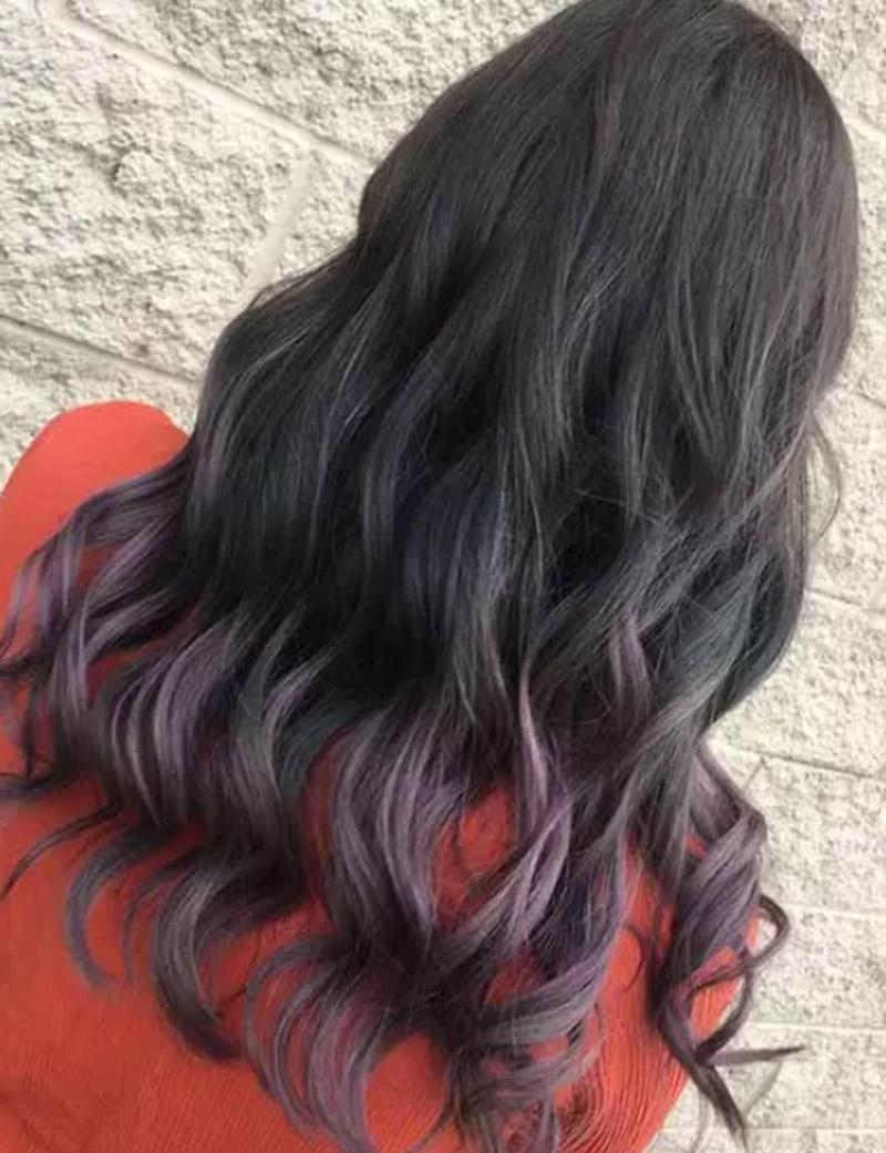 Màu tím lavender trên mái tóc đen