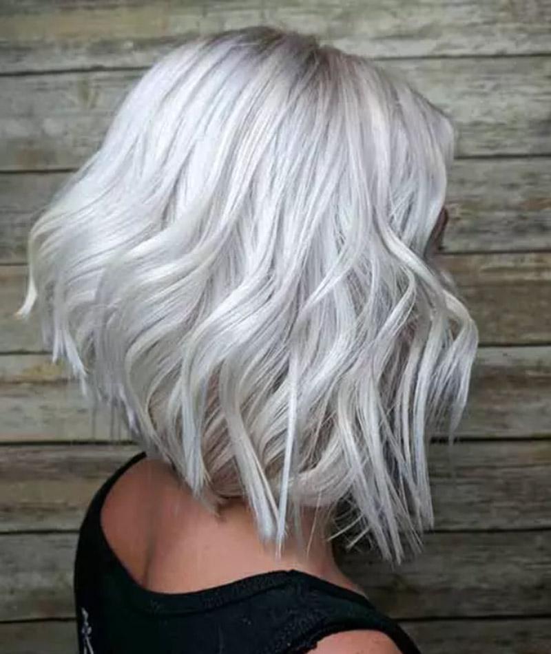 Màu bạch kim trắng kết hợp với màu vàng