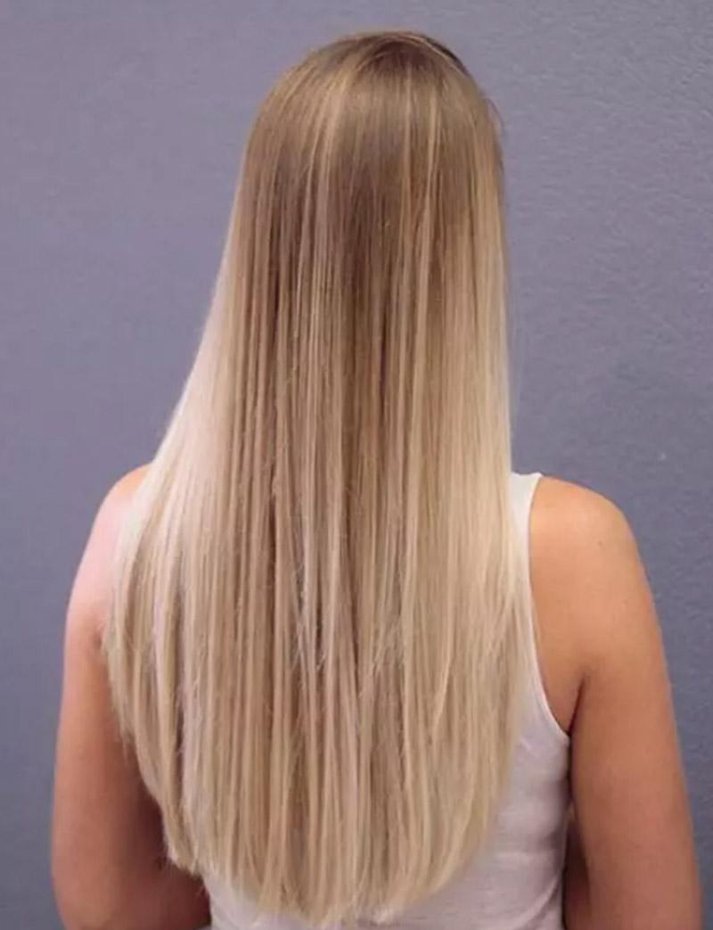 Màu tóc vàng chuyển đổi từ tông màu đậm đến nhạt