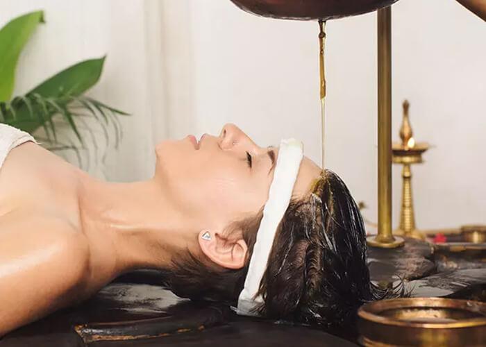 12 Phương pháp theo Ayurvedic khắc phục tình trạng rụng tóc và kích thích tóc mọc