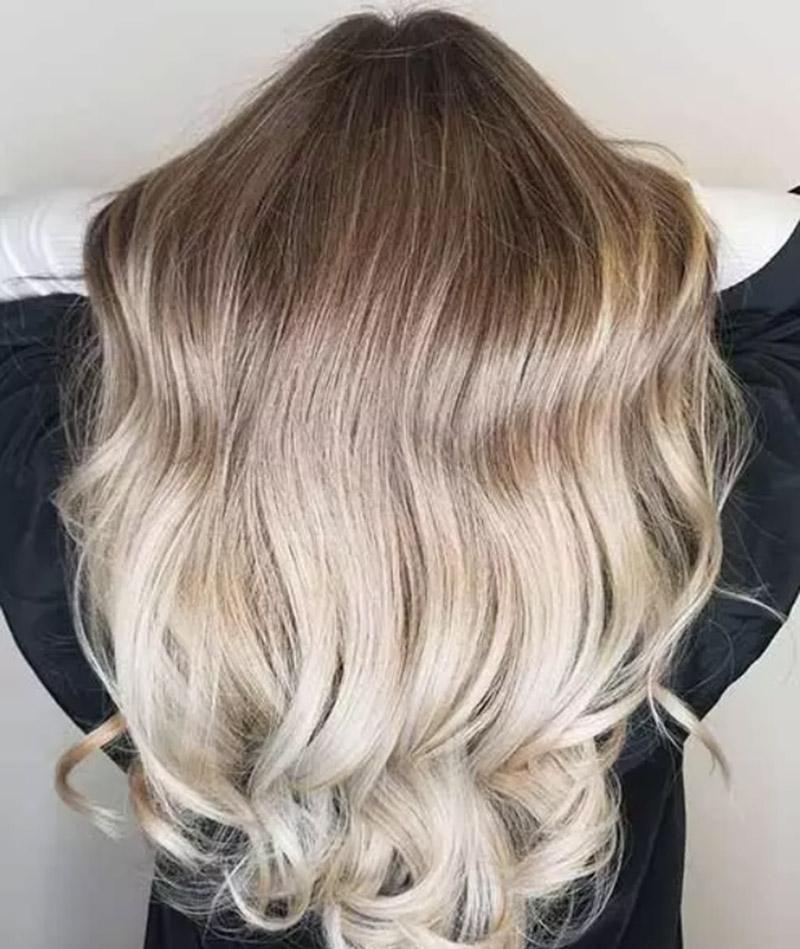Màu tóc băng tan