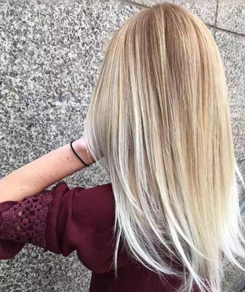 Màu tóc vàng bạch kim