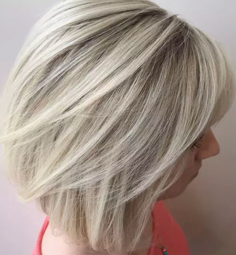Kiểu tóc bob nhuộm màu vàng tro nhẹ