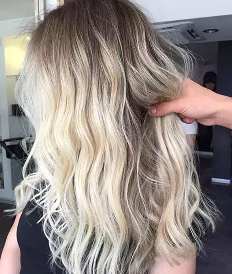 Màu tóc ombre vàng hoe